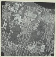 [Hamilton, Saltfleet Township, and Queen Elizabeth Way corridor, 1966-05-01] : [Flightline 664-EXP-Photo 33]