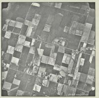 [Hamilton, Saltfleet Township, and Queen Elizabeth Way corridor, 1966-05-01] : [Flightline 664-EXP-Photo 105]