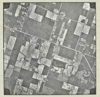 [Hamilton, Saltfleet Township, and Queen Elizabeth Way corridor, 1966-05-01] : [Flightline 664-EXP-Photo 135]