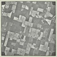 [Hamilton, Saltfleet Township, and Queen Elizabeth Way corridor, 1966-05-01] : [Flightline 664-EXP-Photo 185]