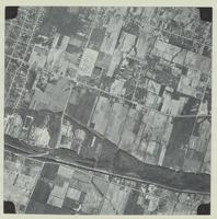[Hamilton, Saltfleet Township, and Queen Elizabeth Way corridor, 1966-05-01] : [Flightline 664-EXP-Photo 57]