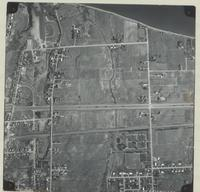 [Hamilton, Saltfleet Township, and Queen Elizabeth Way corridor, 1966-11-01] : [Flightline 664-QEW-Photo 36]
