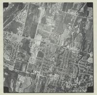 [Hamilton, Saltfleet Township, and Queen Elizabeth Way corridor, 1966-05-01] : [Flightline 664-EXP-Photo 39]