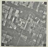 [Hamilton, Saltfleet Township, and Queen Elizabeth Way corridor, 1966-05-01] : [Flightline 664-EXP-Photo 74]