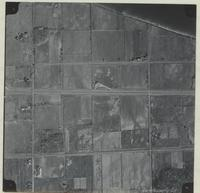 [Hamilton, Saltfleet Township, and Queen Elizabeth Way corridor, 1966-11-01] : [Flightline 664-QEW-Photo 27]