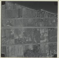 [Hamilton, Saltfleet Township, and Queen Elizabeth Way corridor, 1966-11-01] : [Flightline 664-QEW-Photo 28]