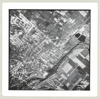 [Regional Municipality of Hamilton-Wentworth and surrounding area, 1955] : [Flightline 4325-Photo 198]