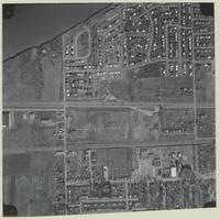[Hamilton, Saltfleet Township, and Queen Elizabeth Way corridor, 1966-11-01] : [Flightline 664-QEW-Photo 33]