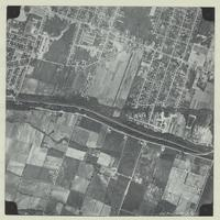 [Hamilton, Saltfleet Township, and Queen Elizabeth Way corridor, 1966-05-01] : [Flightline 664-EXP-Photo 61]